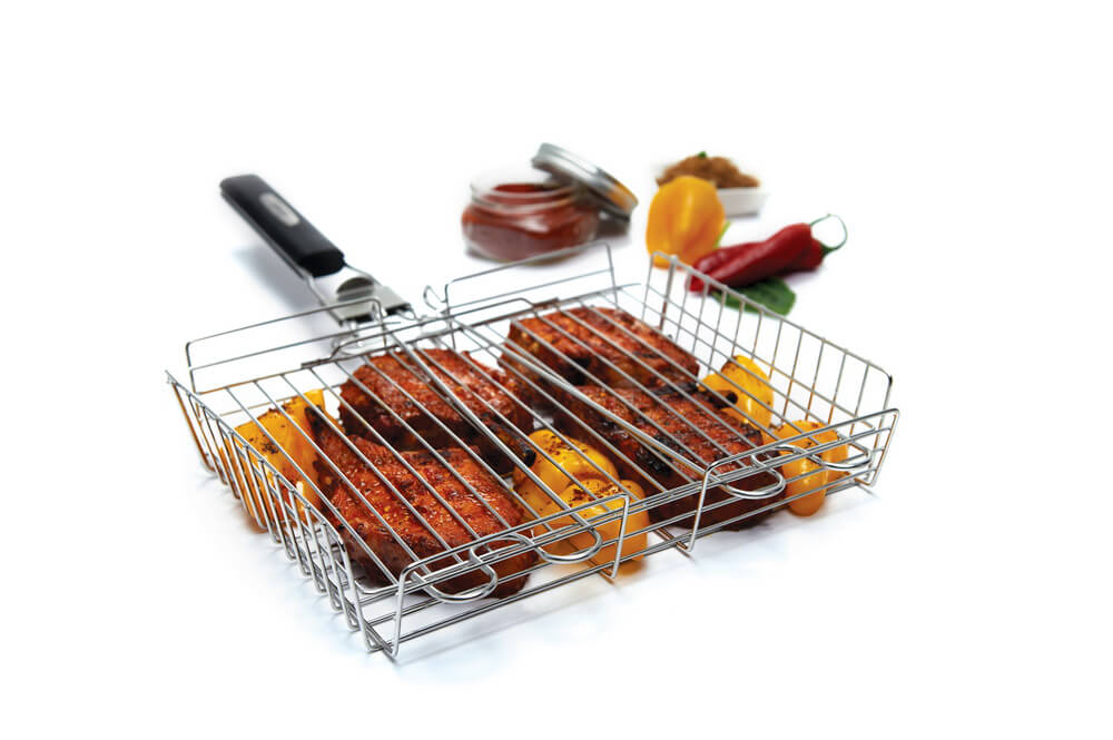 Premium grilling basket