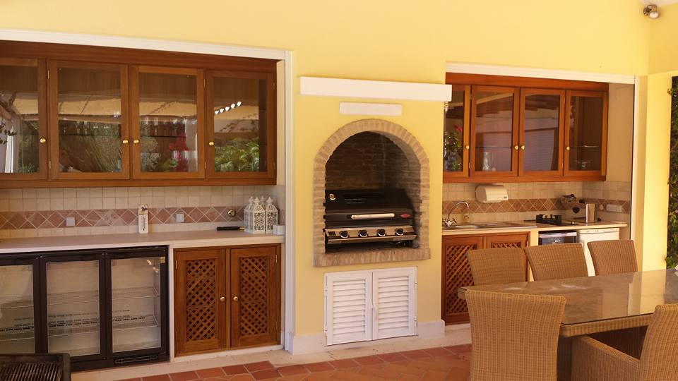 Fancy outdoor Kitchen in Algarve