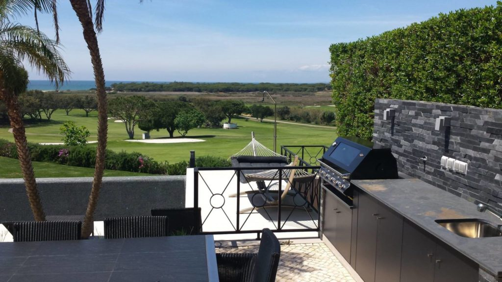 chic contemporary BBQ area and outdoor kitchen in Algarve