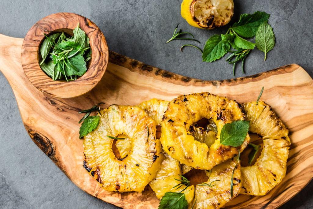 Grilled pineapple broil king