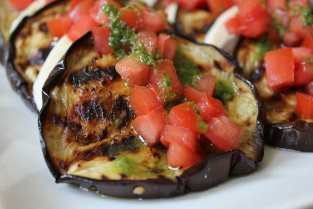 Grilled-Eggplant-with-pico-de-gallo-domesticate-me