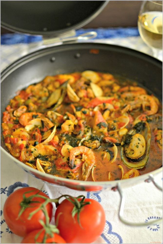 Cataplana Marisco one of the 7 Perfect Portuguese Recipes For Autumn